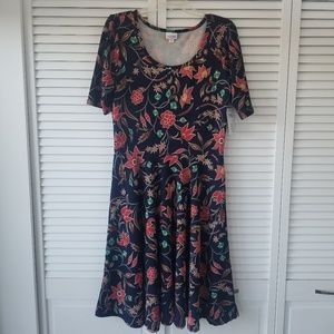 NEW !LuLaRoe Nicole asymmetrical hem dress